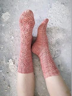 Rosegold Socks- Garnpaket (The Knitting Me)